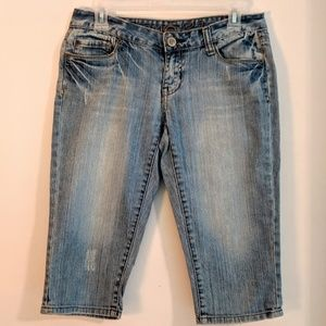 "Rue21 Denim Capris 16"" Inseam Size 3 4 JR"